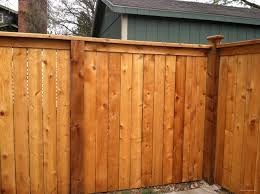 Top Cap Fence With Decorative Posts 1 Modern Design In 2020 Wood Privacy Fence Backyard Fences Wooden Fence