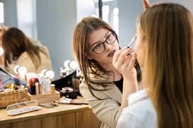 makeup artist diploma free
