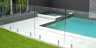 How To Choose Between Frameless And Semi Frameless Glass Pool Fences Light Design