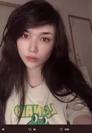emiru sans no makeup