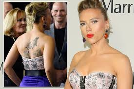 scarlett johansson shows off huge back