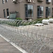 Razor Barb Wire Price Per Roll Galvanized Barbed Wire Farm Fence Buy Razor Barbed Wire Price In Bangladesh Razor Barbed Wire Concertina Razor Barbed Wire Product On Alibaba Com