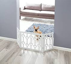 Zoogamo 3 Panel White Wooden Hearts Design Pet Gate Freestanding Tri Fold Durable Wooden Dog Fence Indoor Outdoor Barrier For Stairs Doorways Amazon Sg Baby