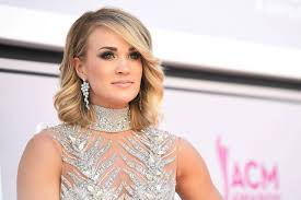 carrie underwood shares an x ray of her