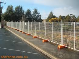 Temporary Fence Hire Sydney Portable Toilets Hire Australia Hire Temporary Fences Or Barriers In Sydney From Sbs Fence Australia