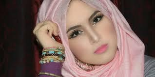 tutorial makeup dan hijab ala selebgram