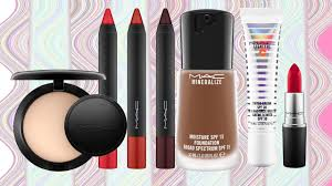 m a c cosmetics on at