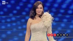 Sanremo 2020, abito di Elettra Lamborghini al Festival: stilista, look