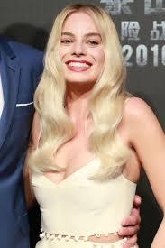 Margot Robbie'nin Saç Evrimi   Saçın Tarzın