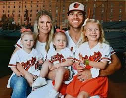 Orioles' Chris Davis and his wife, Jill, make record donation to ...