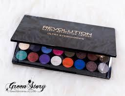 makeup revolution eyes like angel 32