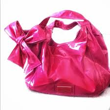 garavani pink patent leather purse