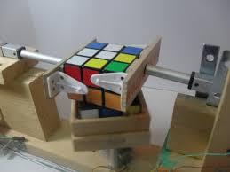 cube solving robot