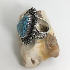 Ivan Howard, Diné (Navajo) Fine Navajo Jewelry at Raven Makes Gallery