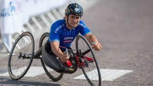 Paralympic champion Alessandro Zanardi at hand the bike accident ...