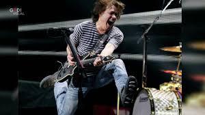 Dai Kiss ai Metallica: l'addio del mondo della musica al chitarrista Eddie  van Halen - la Repubblica