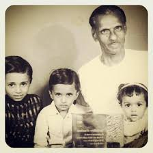 AKKAMMA CHERIAN (Jhansi Rani of Travancore) - AN UNSUNG FREEDOM FIGHTER OF  INDIA : Holding his Tamrapatra awarded to him by then Prime Minister Indira  Gandhi. K.C.Varkey was born in the year