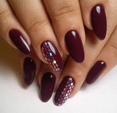burgundy nails design that will conquer