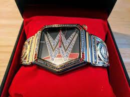 world heavyweight le belt w