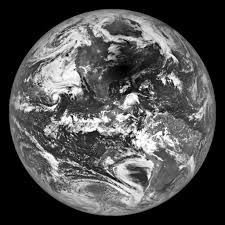 """NASA on Twitter: """"Check out this view from @NASA_LRO spacecraft to see what  the Aug 21 eclipse looked like from the Moon's perspective  https://t.co/6RP9HJyc3j… https://t.co/iMWlpU6B3q"""""""