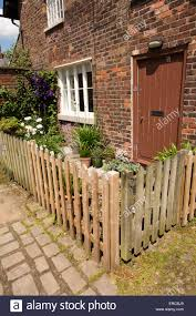 Front Garden Fence High Resolution Stock Photography And Images Alamy