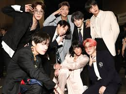 halsey defended bts after they weren t nominated for any grammys