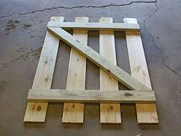 How To Build A Small Gate In A Backyard Fence Backyard Fences Diy Gate Small Garden Gates