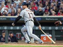 Detroit Tigers' Andrew Romine makes history, plays all 9 positions