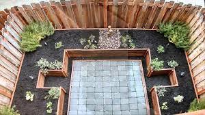 phenomenal backyard garden edging ideas