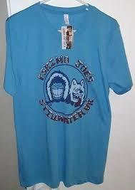 thin blue t shirt size um