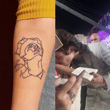 Timothee Chalamet Kissing A Fan S Tattoo At The Venice Film