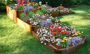 7 raised bed shapes for your yard