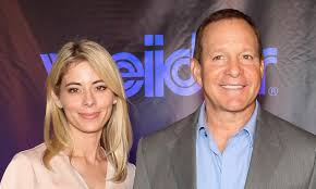 Three Men And A Baby star Steve Guttenberg marries news anchor Emily Smith  in private ceremony | Daily Mail Online