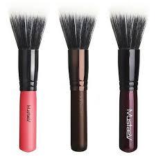 mustaev easy go stippling brush