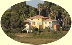 locations vacances hyeres giens a