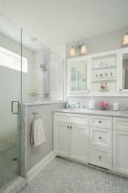 best 25 small master bathroom ideas