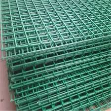 Galvanized Wire Mesh Welded Mesh Fence Panel Buy 1 4 Inch Galvanized Welded Wire Mesh Hog Wire Fence Panels Chicken Wire Fencing Panels Product On Alibaba Com