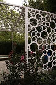 Outdoor Screen Made With Pvc Http Www Homedecoz Com Home Decor Outdoor Screen Made With Pvc Diy Garden Trellis Outdoor Screens Garden Trellis