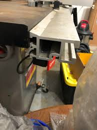 Table Saw Fence Question I Recently Bought My First Table Saw In An Estate Sale And The Fence And Fence Rail Are Not Part Of The Same System More Details In The