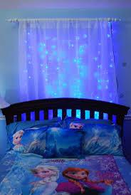 25 Cute Frozen Themed Room Decor Ideas Your Kids Will Love Lareina January 30 2016 Inhome Decor In 2020 Frozen Room Frozen Bedroom Princess Bedrooms