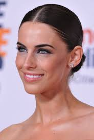 sleek makeup and hair-Jessica Lowndes | Jessica lowndes, Makeup ...