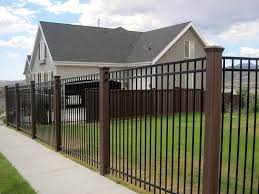 Using Trex Fence Posts With Ornamental Panels Backyard Fence Decor Trex Fencing Wood Fence Design