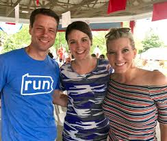 """Katelyn Smith on Twitter: """"Happiness is...when you run into friends  @Hersheypark! 🍫🎢 #HersheyparkHappy @WGAL @ShannonWGAL @jeregishWGAL… """""""