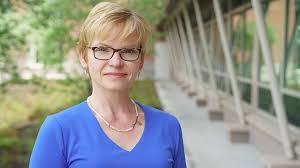 Elizabeth Smith Named Dean of Arts and Sciences Faculty | Dartmouth News
