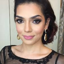 ambreen vikhar makeup reviews