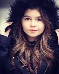 Addison Riecke - Wiki, Boyfriend, Family, Net Worth, Height - BoxClue