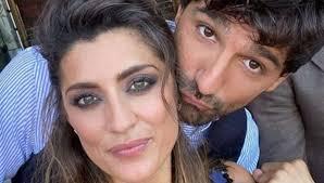 Ballando con le stelle Elisa Isoardi e Raimondo Todaro è amore? La  conduttrice si confessa