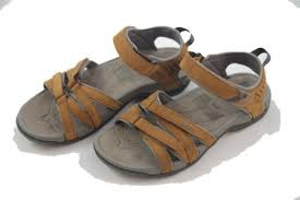 camping outdoor teva tirra leather