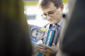 """Ziarul Financiar a lansat, ieri, la Gaudeamus, cărţile """"Toţi ..."""