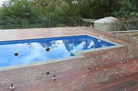 When To Install A Pool Fence And What Options You Have